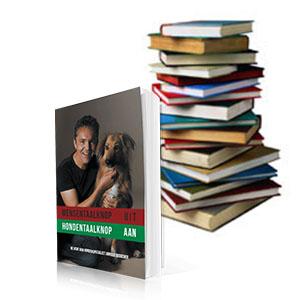 Boekenstapel en boeken Arnoud Busscher